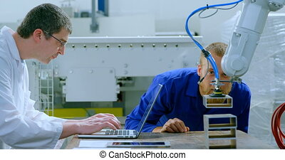 examiner, machine, robotique, ingénieurs, 4k, entrepôt