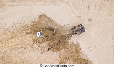 excavateur, verse, site., sable, construction, au-dessus, truck., vue