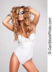 excitado, óculos de sol, swimsuit, mulher