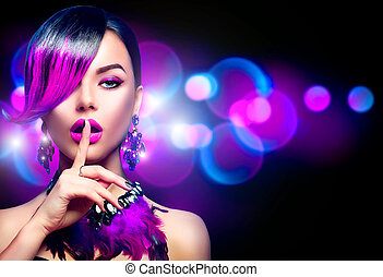 excitado, beleza, moda, mulher, com, roxo, tingido, franja, penteado, isolado, ligado, experiência preta