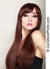 excitado, maquilagem, mulher, com, longo, marrom, liso, cabelo