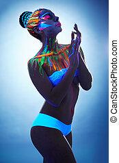 excitado, mulher jovem, posar, com, glowing, arte corpo