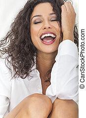 excitado, sensual, rir, mulher feliz, em, ecstacy