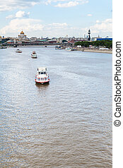 excursion boats in Moskva River, Moscow city