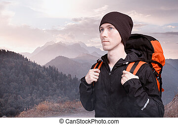 excursionista, hombre muchila, en, el, montañas.