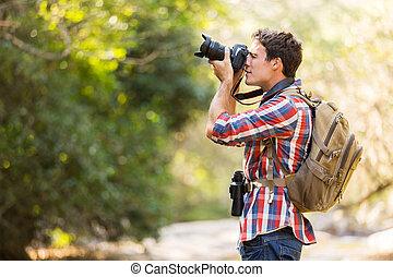 excursionista, tomar las fotos, en, montaña