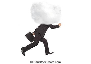 executando, homem negócios, cabeça, nuvens, jovem