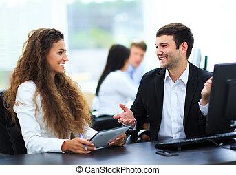 executiva, modernos, reunião, escritório, homem negócios