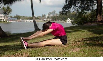 exercice, lakeside, étirage, folâtre, femme