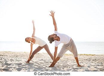 exercices, confection, couple, yoga, dehors