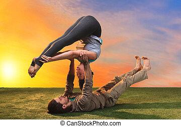 exercices, gens, deux, yoga