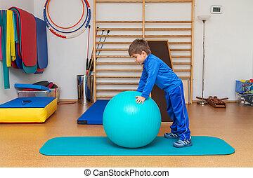exercises, гимнастический зал, терапевтический, ребенок