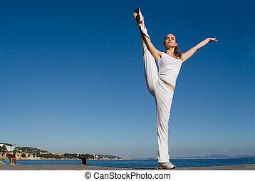 exercitar, mulher, férias, ao ar livre