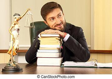 exitoso, abogado, en, la oficina, con, libros, y, documentos