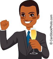 exitoso, americano africano, hombre de negocios, brindar