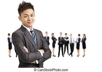 exitoso, asiático, joven, hombre de negocios, y, equipo...