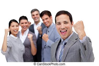 exitoso, equipo negocio, presionar el aire, en, celebración