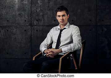 exitoso, hombre de negocios, se sentar sobre una silla