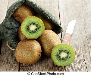 exotique, doux, fruit, kiwi, mûre