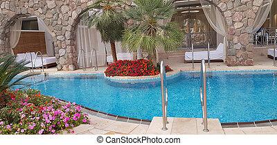 exotische , ingang, hotelkamers, zwembad, balkon