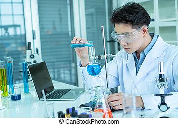 expérimenter, scientifiques, laboratoire