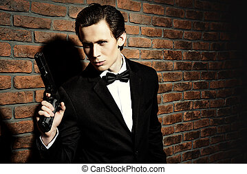 experienced secret agent