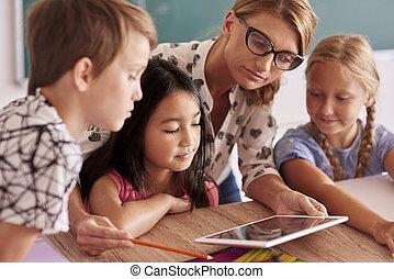 expliquer, prof, élèves, nouveau, choses
