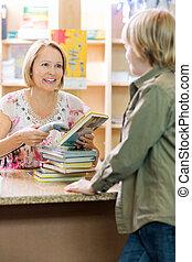 exploración, mostrador, libros, compruebe, bibliotecario
