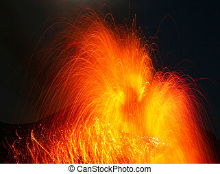 Explosiv eruption volcano Stromboli - Spectacular...