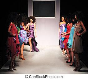 exposição moda