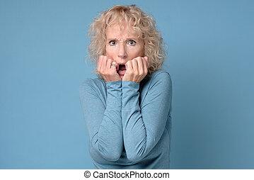 expresión, mujer, ansioso, nervioso, maduro, espantado, ...