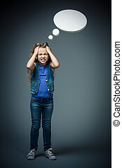 Expression - Little girl upset with bubbles