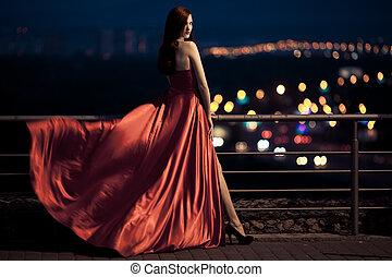 extérieur, beauté, battement des gouvernes, jeune, célèbre, femme, robe, rouges