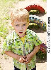 extérieur, enfant, figure, mains sales, playground.