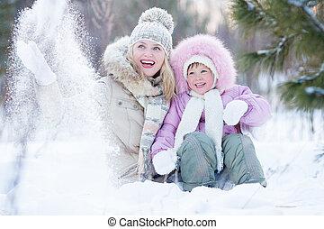 extérieur, hiver, parent, neige, gosse, jouer, heureux