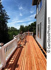 extérieur, pont, bois, saison, remodeled, printemps, être, complètement, maison, pendant, vue côté