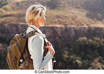 extérieur, randonneur, femme, activité, personne agee, apprécier