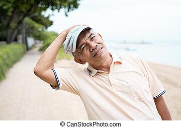 extérieur, séance entraînement, étirage, asiatique, mâle aîné