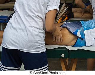 extérieur, séance entraînement, après, muscles, athlète, sport, masage