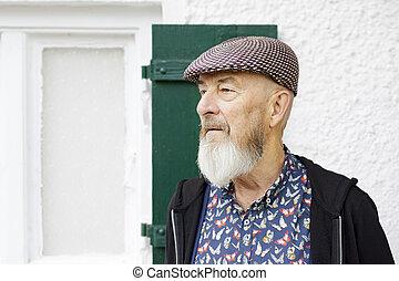 extérieur, vieil homme