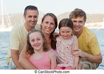 extendido, familia, feliz