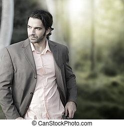 exterior, hombre, traje