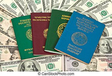 extranjero, pasaportes, en, nosotros dólares, plano de fondo