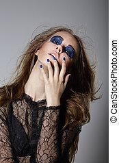 extravagance., fantaisie, femme, à, bleu, dramatique, maquillage, et, manucure