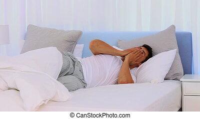 extremly, dormir, homme, fitfull, fatigué