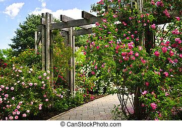 exuberante, verde, jardín