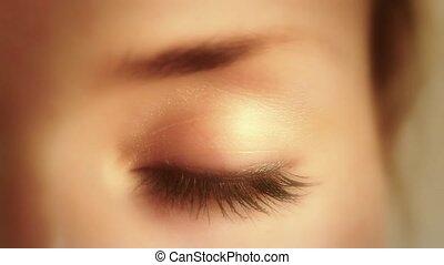 Eye - Closed eye slowly opens up