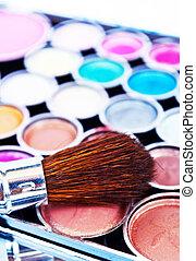 Eye shadows - Makeup brushes and make-up eye shadows
