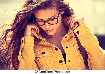 eyeglasses fashion - young urban woman with eyeglasses...