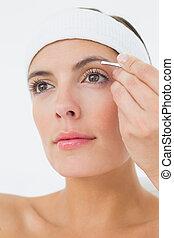 eyeshadow, 手, 美しい, 適用, 女